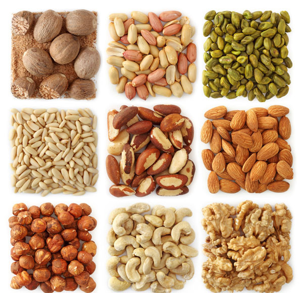 坚果富含蛋白质,利于控制高血压