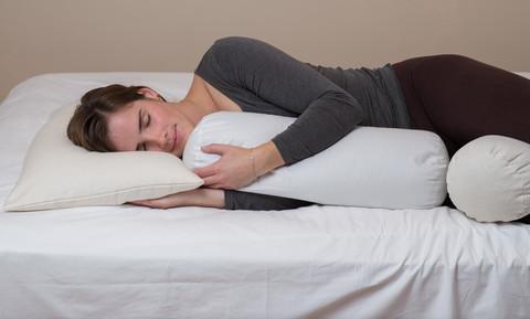 睡觉时枕头的正确位置和枕枕头的姿势