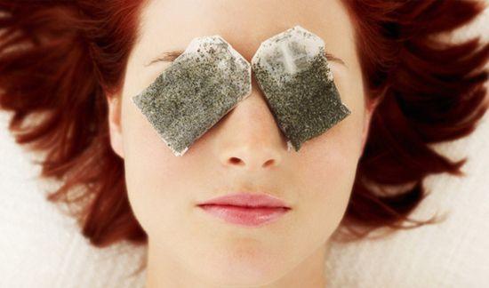 苦荞茶渣敷眼睛,消除黑眼圈