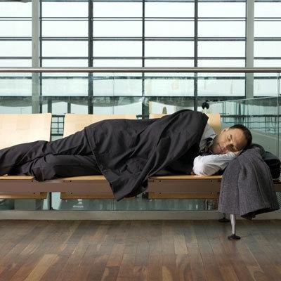 时差导致失眠或睡眠质量差