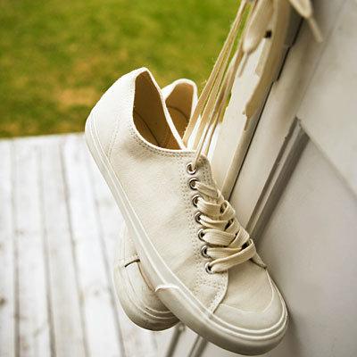 sneakers-door-400x400