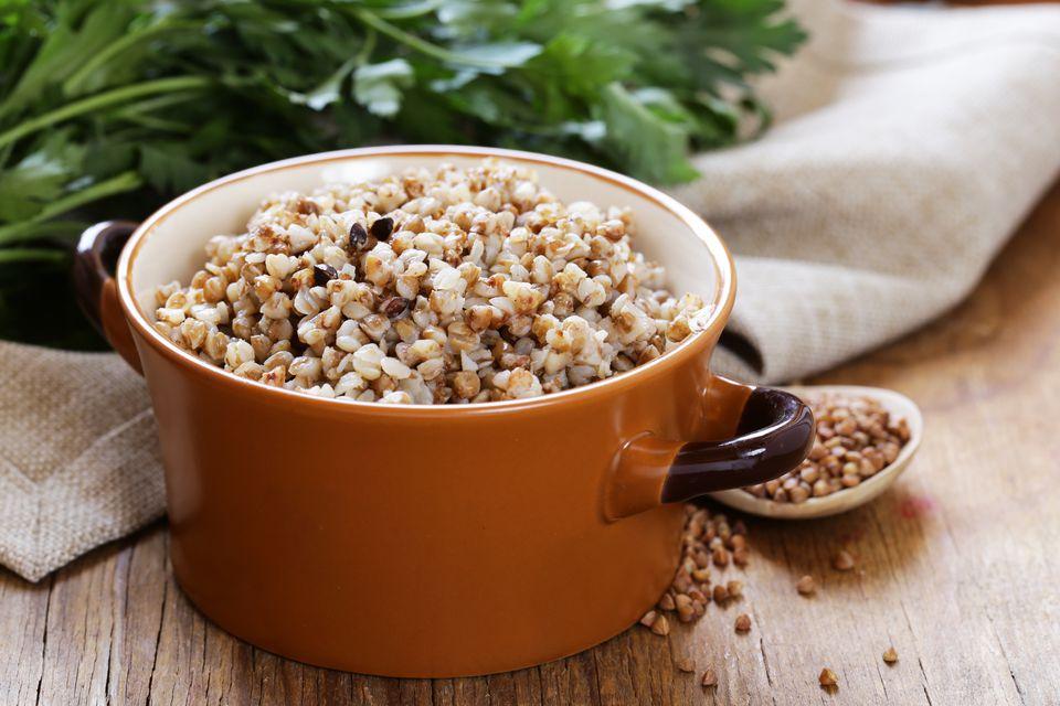 用荞麦制作健康饮食:荞麦面条、荞麦麦片、荞麦粥
